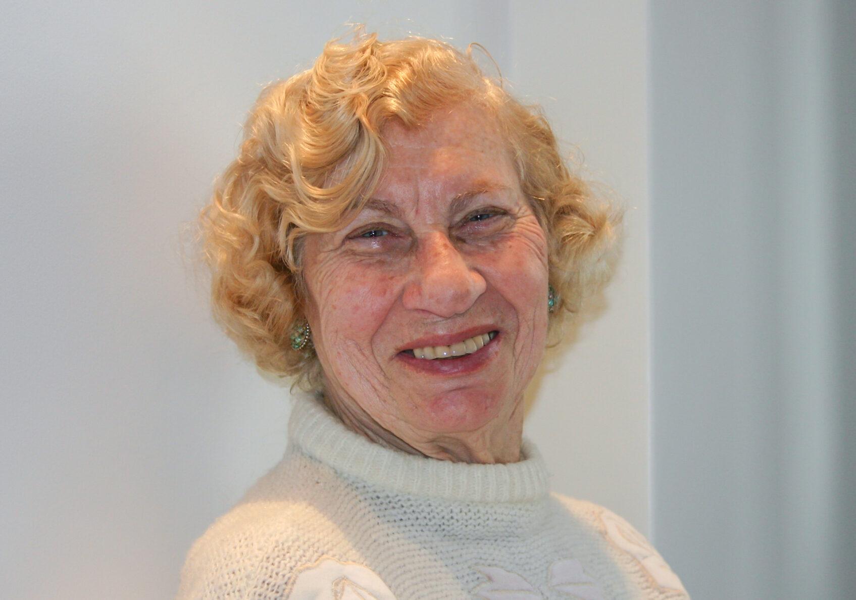 Cecília Gewertz - Depoimento Sobrevivente do Holocausto - Brasil - década de 20000