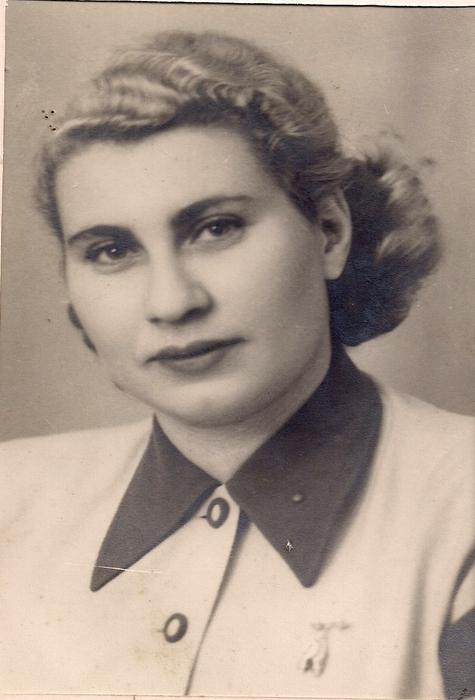 Cecília na Suécia - Depoimento da sobrevivente do holocausto Cecília Gewertz